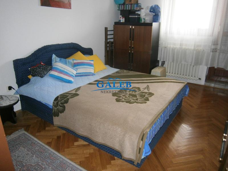 Stanovi,Centar - Zrenjanin,E310103