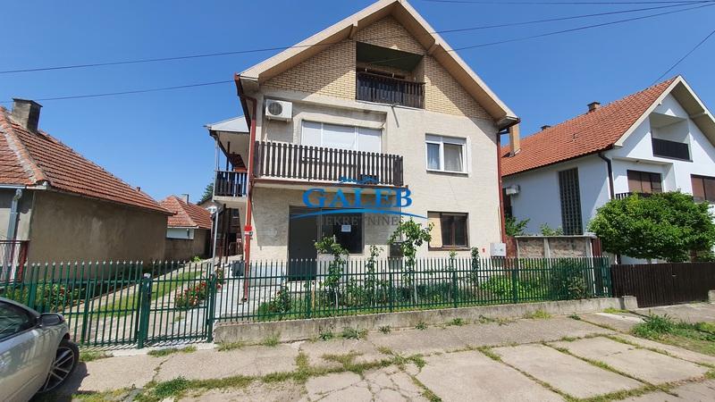 Kuće,Zeleno Polje,E611357
