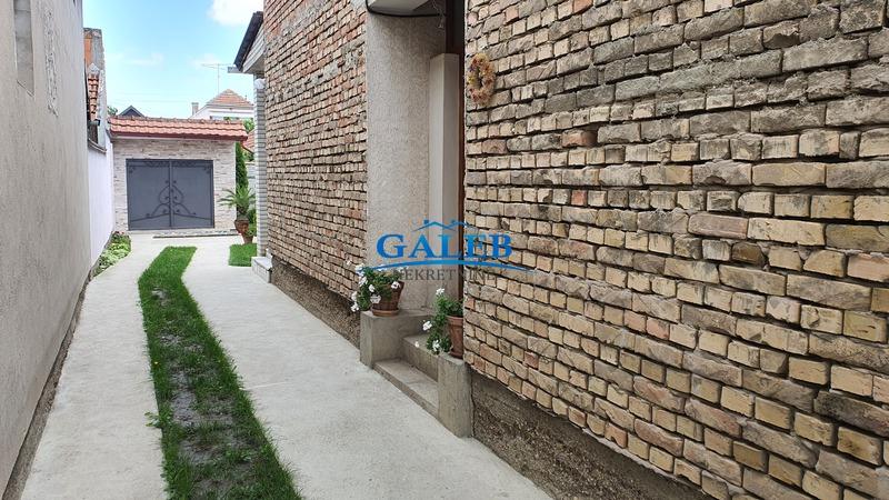 Kuće,Zeleno Polje,E611380